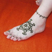 keleti hennaminta - Traditional Indian henna tattoo pattern on foot