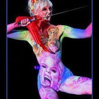Rock n roll bodypainting