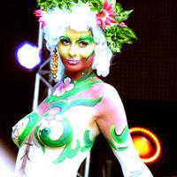 2011-07-02 World Bodypainting Festival 177